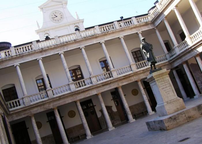 1-Antiga-Universitat-de-Valencia-(-La-Nau)